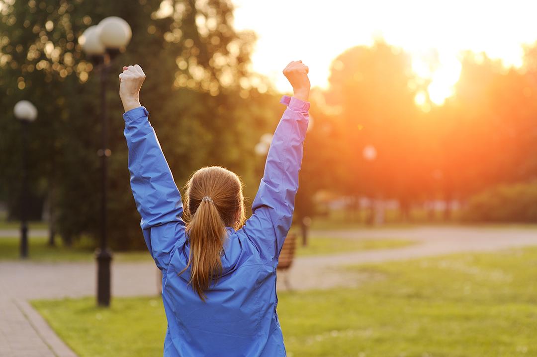 Il rischio di fratture si previene con l'esercizio fisico e l'esposizione al sole.